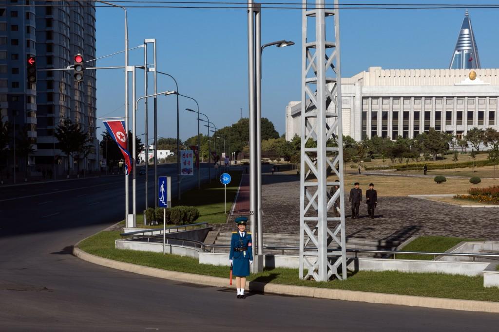 SCOTT A WOODWARD - AFP 2017 - 005 - Ground Traffic Control
